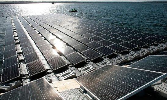 Plataforma_solar_flutuante